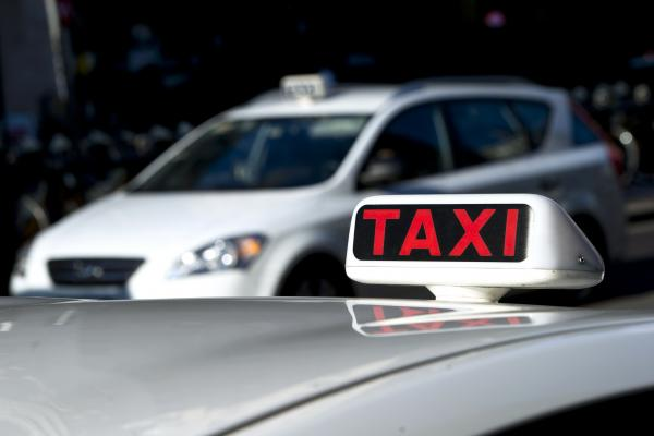 GMB raises concerns with Dacorum council over watering down of knowledge test for private hire taxi drivers