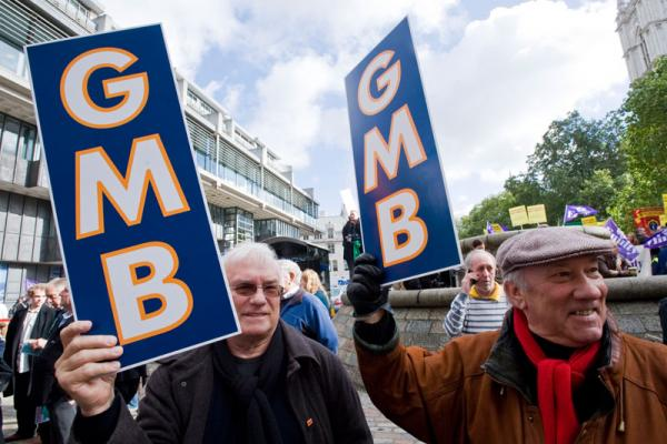 GMB secure pay rise and union rights for security staff at Natural History Museum